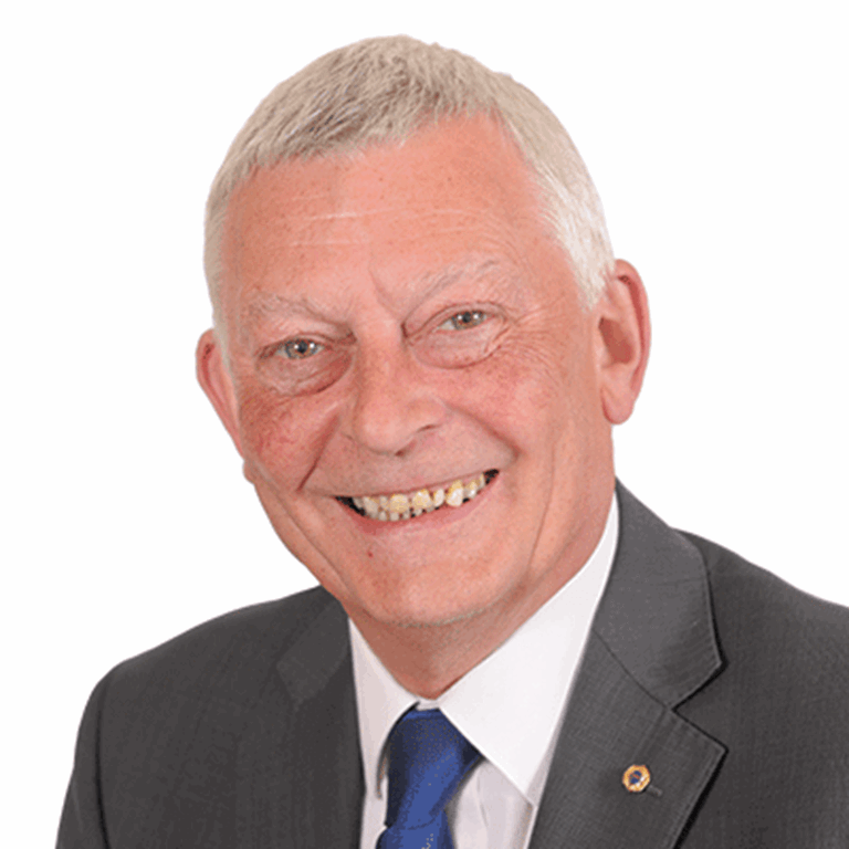 Cllr Les Jones