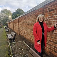 £70,000 scheme to replace historic wall completed