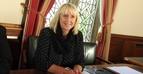 A picture of Councillor Karen Shakespeare