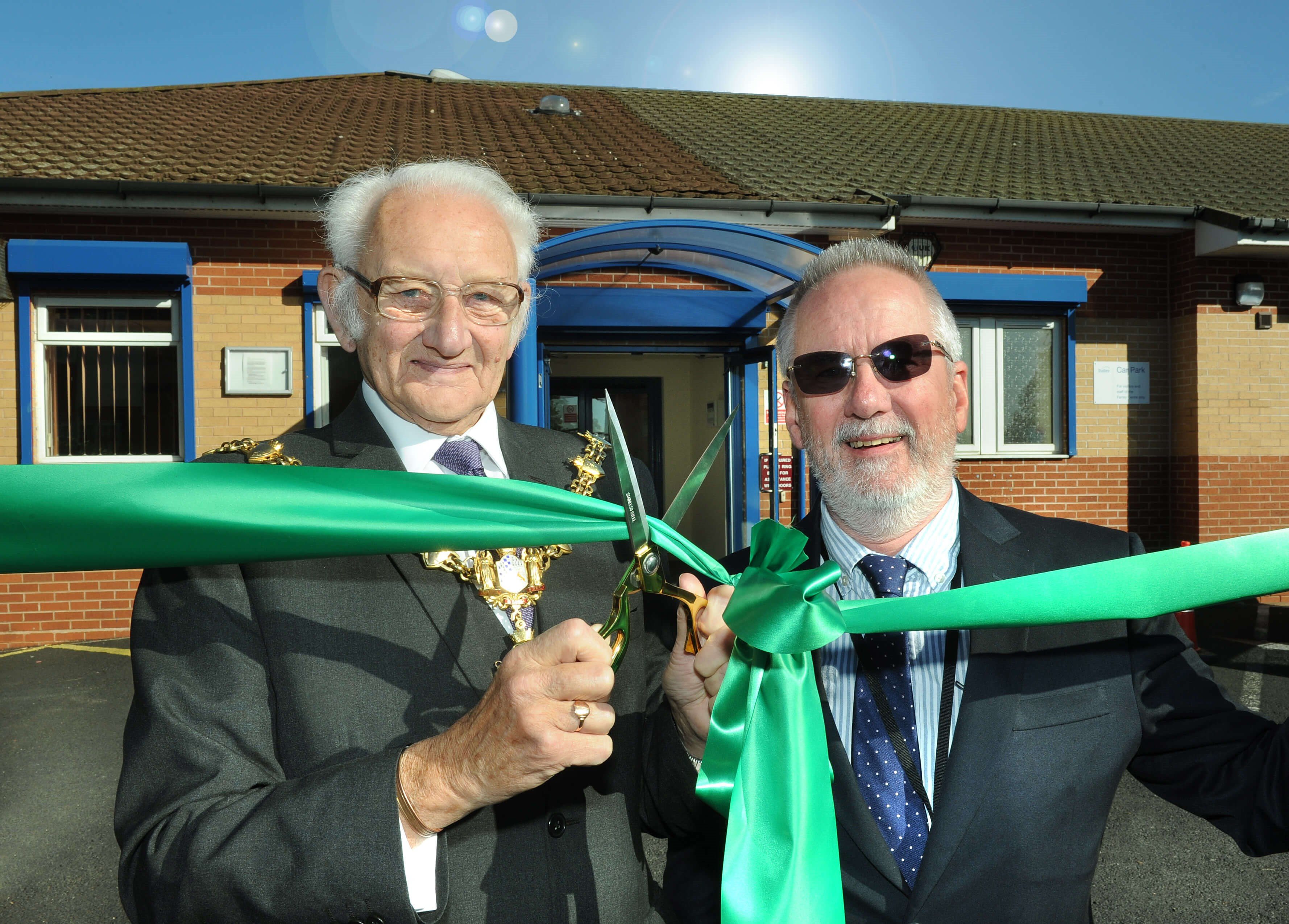New family centre opens in Coseley