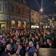Acts sought for big Christmas lights switch on events